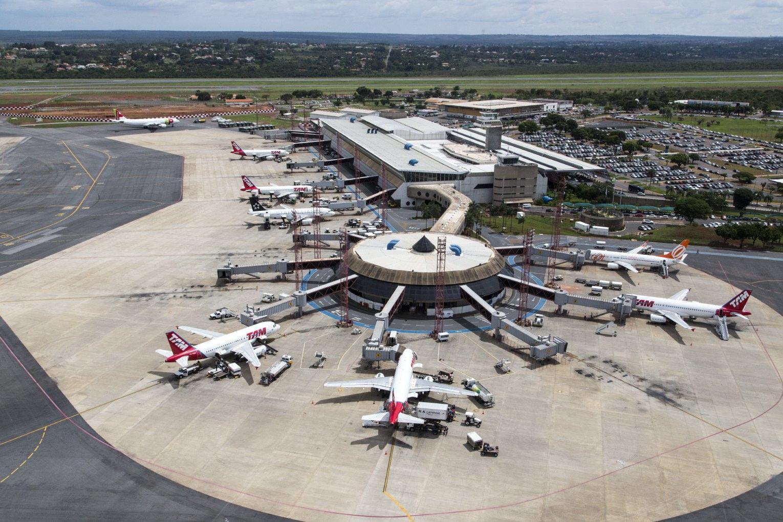 Resultado de imagem para aeroportos de Brasília